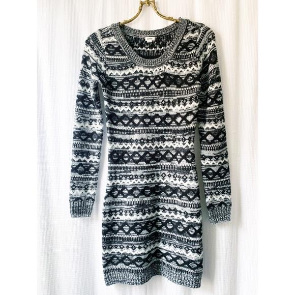 🌸2/$30 Garage sweater dress